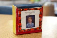 SchoolCenter Picture Chip off the old block Fathers Day Crafts Preschool, Toddler Preschool, Preschool Ideas, Teaching Ideas, Mother And Father, Mothers, Happy Fathers Day, Fathers Day Gifts, Preschool Scavenger Hunt