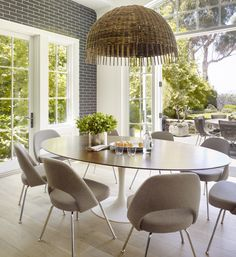 Step Inside Supermodel Molly Sims' Airy, Light-Filled L.A. Home via @MyDomaine