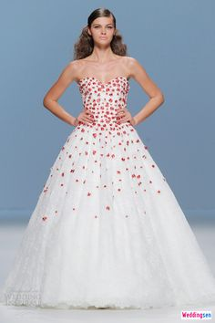 6 Exercises for Wedding Dress Target Areas: Whether youre wearing a strapless* slinky* or high slit dress on the big day* here are the only exercises youll need for your wedding day target areas.
