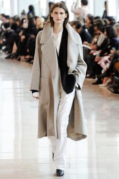 Christophe Lemaire | DEFILES READY-TO-WEAR FALL/WINTER 2014-2015