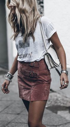 how to wear a skirt : white top bag