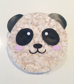 Panda rijstwafel - Lacy O. Panda Birthday Party, Panda Party, Birthday Treats, Baby Birthday, Birthday Parties, Kids Party Treats, Snacks Für Party, Diy For Kids, Crafts For Kids