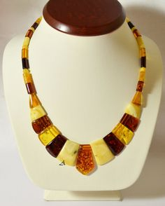 Beautiful Baltic amber jewelry necklace