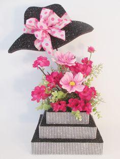hat-flowers-centerpiece