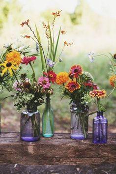 Vibrant wildflowers in light blue vases wedding decor- BEAUTIFUL rustic flower bouquet, deco, cake ideas! Rustic Boho Wedding, Trendy Wedding, Relaxed Wedding, Whimsical Wedding, Fall Wedding, Elegant Wedding, Wedding Country, Floral Wedding, Boho Wedding Guest