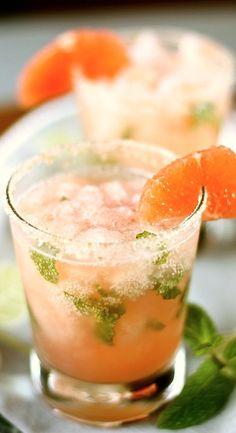 Pink Grapefruit Mojitos