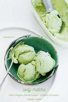 Lody z zieloną herbatą matcha
