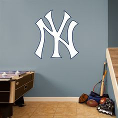 new york yankees logo - New York Yankees Bedroom Decor