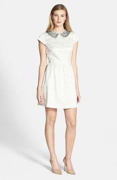 kensie embellished-collar brocade dress