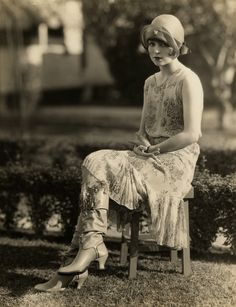 "I LOVE these boots!! vintage everyday: Clara Bow for ""Kid Boots"", 1926"