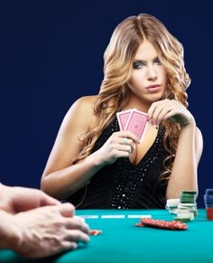 Woman doubt in a card gambling match on green table. Healthy Lifestyle Changes, Memes Br, Gambling Quotes, Science Education, Healthy People 2020, Weight Loss Program, Las Vegas, Healthy Living, Investing