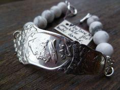 Armbånd lagd av skaftet på en gammel t - skje og Howalite Henrik Ibsen.Bracelets made from the shaft of an old spoon and Howalite. Henrik Ibsen. Epla.no/shops/byjanem/ Facebook.com/ByJaneM/ Instagram:@byjanem Spoon Jewelry, Ibs, Silver Rings