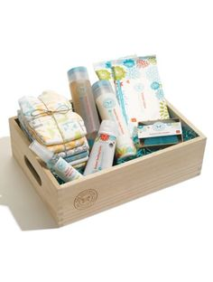 The Honest Company baby arrival gift set  http://rstyle.me/n/pc6eipdpe