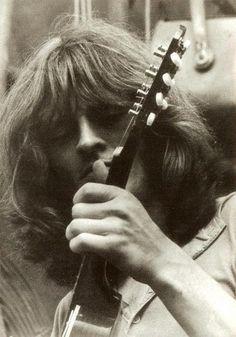 John Paul Jones of Led Zeppelin Great Bands, Cool Bands, Hi Pics, Rock And Roll History, Houses Of The Holy, John Paul Jones, John Bonham, Whole Lotta Love, Stairway To Heaven
