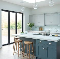 Modern Kitchen Design Modern meets Edwardian - transitional - Kitchen - South East - Rencraft Ltd - Kitchen Cabinets Color Combination, Two Tone Kitchen Cabinets, Kitchen Cabinet Colors, Kitchen Colors, White Cabinets, Kitchen Island, Cupboards, Shaker Cabinets, Two Toned Kitchen