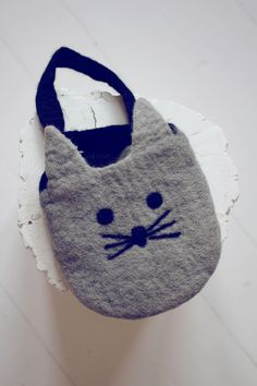 guapitO! — Petit sac chat ♥