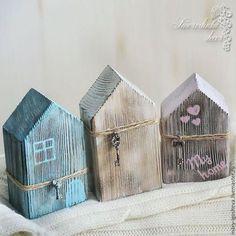 Scrap wood crafts diy christmas gifts Ideas for 2019 Scrap Wood Crafts, Wood Block Crafts, Wooden Crafts, Wood Blocks, Small Wood Projects, Scrap Wood Projects, Diy Projects, Small Wooden House, Wooden Houses