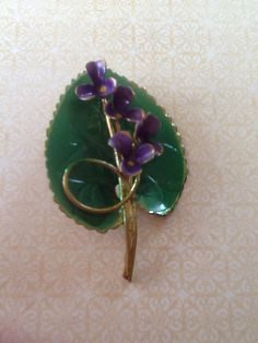 Hey, I found this really awesome Etsy listing at https://www.etsy.com/listing/239822236/vintage-brooch-made-in-austria-enamel