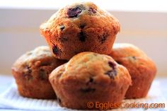 Vegan Blueberry Muffins - sub 1/4 C apple sauce for oil, use 1 tbsp chia seed instead of apple cider vinegar. 1 1/2 WW flour, 1/4 cup oats. Sprinkle with 1 tbsp. brown sugar.