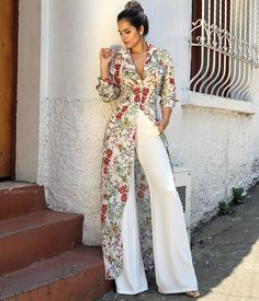 Women S Fashion Trivia Questions Code: 1234916409 - Herren- und Damenmode - Kleidung Look Fashion, Hijab Fashion, Fashion Dresses, Womens Fashion, Fashion Design, Petite Fashion, 70s Fashion, Fashion Beauty, Winter Fashion