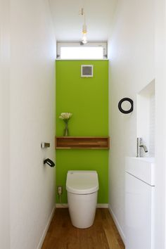 PHOTO – LO-BOX – - 名古屋市の住宅設計事務所 フィールド平野一級建築士事務所 Compact Bathroom, Small Bathroom, Toilet Room, Small Toilet, Toilet Design, Minimal Home, House Rooms, Powder Room, Interior Architecture