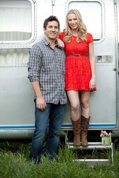Engagement shoot by Brett Hickman Photography | Airstream