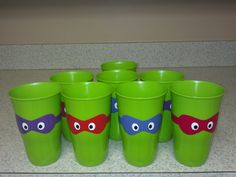 Easy to make TMNT drink cups Turtle Birthday Parties, Ninja Turtle Birthday, Ninja Turtle Party, Birthday Fun, Birthday Party Themes, Ninja Turtles, Birthday Ideas, Simple First Birthday, Tmnt