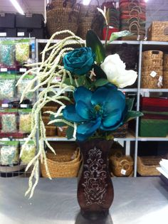 Contemporary floral by kristy@ michaels