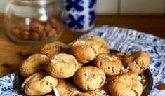 Mandelkakor med kokossocker – Nilla's Kitchen Nilla, Mat, Cookies, Kitchen, Food, Crack Crackers, Cooking, Biscuits, Kitchens