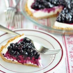 Blueberry Cheesecake Ice Cream Pie: A no-bake recipe for summer picnics #foodgawker