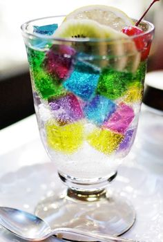 """neo-japanisch: """"Shibu-Logo Cafe Soiree Jelly Punch K . Colorful Drinks, Fancy Drinks, Summer Drinks, Cute Desserts, Delicious Desserts, Dessert Recipes, Yummy Food, Iced Tea Recipes, Drinks Alcohol Recipes"""