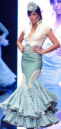 Blusa flamenca Spanish Dress Flamenco, Flamenco Skirt, Flamenco Dresses, Gala Dresses, Dressy Dresses, 15 Dresses, Floral Maxi Dress, Dress Up, Flamenco Costume