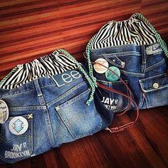 デニム巾着ショルダー作りましたっ どちらもお嫁いりします♡ #ハンドメイド#デニムリメイク#ハンドメイドバッグ#手作り#バッグ#ステンシル#デニム#denim#リメイク Diy Jeans, Jean Crafts, Denim Crafts, Mochila Jeans, Denim Backpack, Denim Art, Denim Handbags, Denim Ideas, Handmade Bags