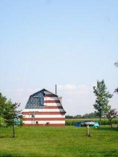 (barn,american)