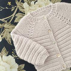 Image of Rillo Og Hyggen Str .: 0 – months, Image of Rillo Og Hyggen Str .: 0 – months, Image of Rillo Og Hyggen Str .: 0 – months, Image of Rillo Og Hyggen Str … Baby Cardigan Knitting Pattern Free, Baby Boy Knitting Patterns, Knitted Baby Cardigan, Toddler Sweater, Knit Baby Sweaters, Knitting For Kids, Girls Sweaters, Cardigan Pattern, Crochet Poncho