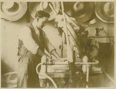Panama Hat Maker Workman Luton England 1920's