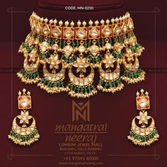 Polki Jewellery by MangatraiNeeraj. Indian Bridal Jewelry Sets, Wedding Jewelry, Bridal Jewellery, Trendy Jewelry, Fashion Jewelry, Fashion Hub, Gold Jewellery Design, Gold Jewelry, Jewelery