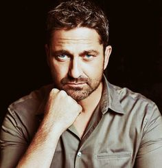 Gerard Butler Interview: Only a fool would believe that life can be repeated this nonsense! Actor Gerard Butler, London Has Fallen, Paisley, Gb Bilder, Poster Boys, Ideal Man, Hugh Jackman, Beautiful Men, Pretty Men