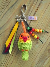 Check out this super cute little crochet parrot patten for making your own keyring bird charm. Free pattern over at Tamara Art (in English as well). Crochet Parrot, Crochet Birds, Love Crochet, Crochet Crafts, Yarn Crafts, Crochet Projects, Crochet Amigurumi, Amigurumi Patterns, Crochet Dolls
