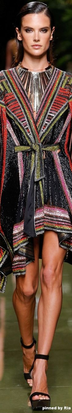Balmain Spring 2017 Ready-to-Wear Collection ❤︎ French Fashion, High Fashion, Fashion Show, Fashion Design, Fashion 2017, Runway Fashion, Womens Fashion, Fashion Trends, Christophe Decarnin