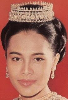 Tiara Mania: Queen Sirikit of Thailand's Thai Tiara