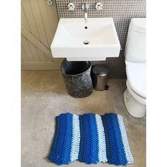 Blue Bathroom Matt