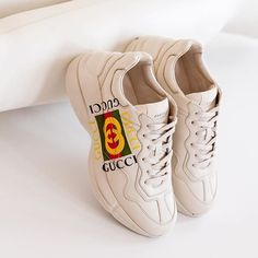4af08e9cd2a4be  GUCCI   RHYTON  LOGO LEATHER SNEAKER 750  MEN For more Gucci https