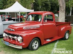 Google Image Result for http://image.classictrucks.com/f/25808708/1001clt_02_z%2B2009_ford_f100_western_nationals%2B1951_ford_f1.jpg