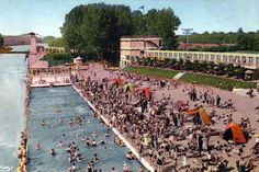 La Plage de la Bellevilloise : bronzette et apéros aux portes de Paris
