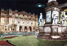 60s Italian Travel Postcard Piazza e Teatro alla Scala Notturno Milan Italy
