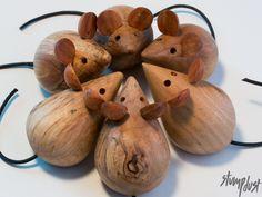 træ figur træfigurer mus i ædel træ med læder haler