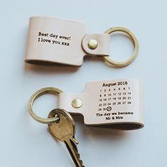 This beautiful personalised leather keyring is the ideal gift for dad on Father's Day or to celebrate a milestone birthday. Gifts For Mum, Fathers Day Gifts, Personalised Keyrings, Personalized Gifts For Her, Diy Cadeau, Birth Gift, Cricut, Anniversary Gifts For Him, Leather Anniversary Gift