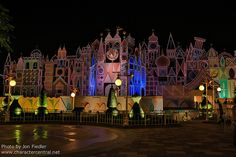 HKDL Oct 2012 - it's a small world at night | Flickr - Photo Sharing!