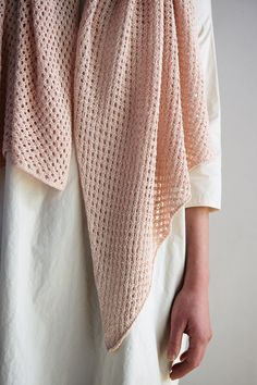 The Terrace Wrap is an intermediate knitting pattern that will create the lightweight knit scarf you& needed to complete that one outfit. Knitting Stiches, Easy Knitting Patterns, Free Knitting, Finger Knitting, Scarf Patterns, Knitting Machine, Knitted Shawls, Crochet Scarves, Lace Shawls